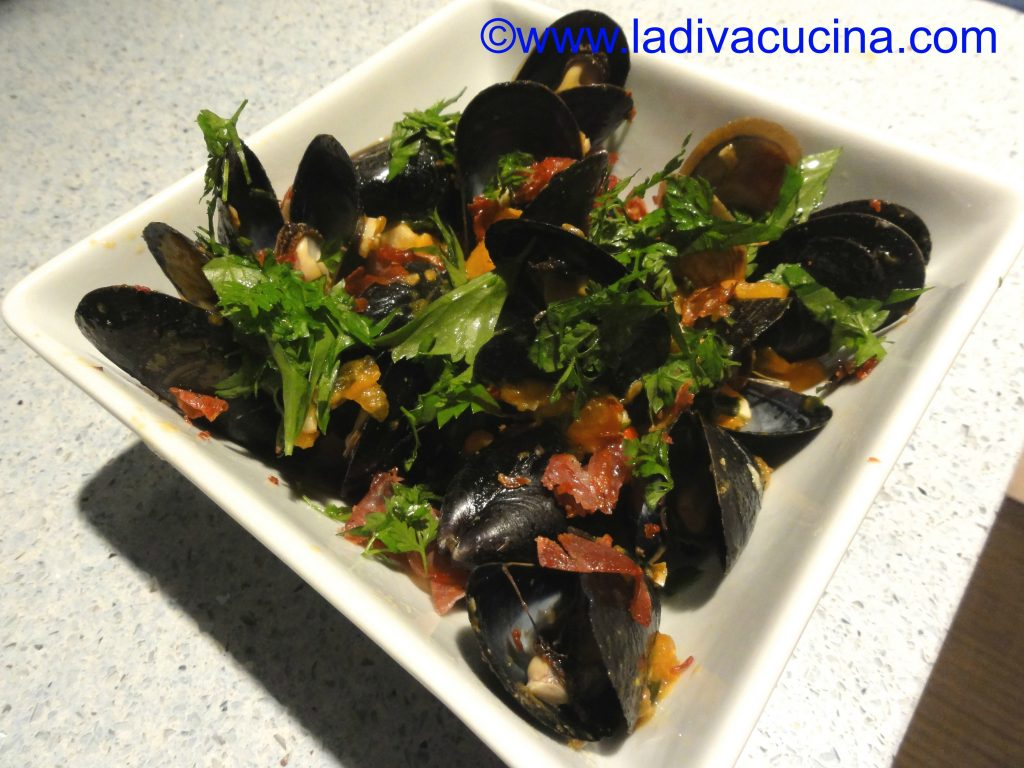 mussels with prosciutto