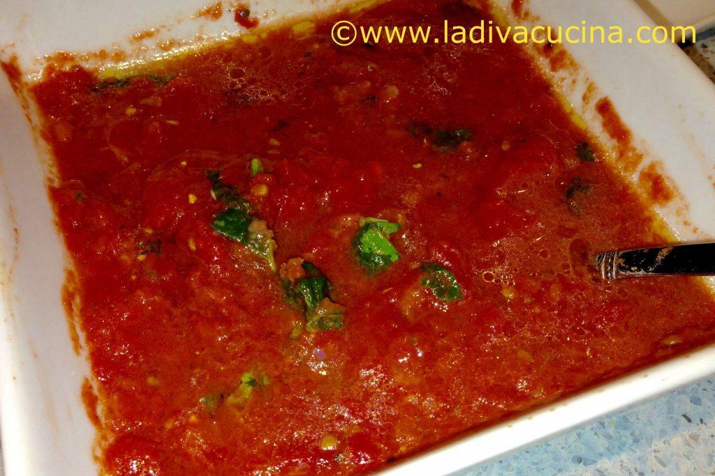 Italian American tomato ammoglio sauce