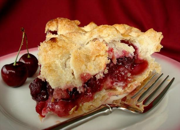 The ELUSIVE, Flaky, Tasty Cherry Pie - La Diva Cucina